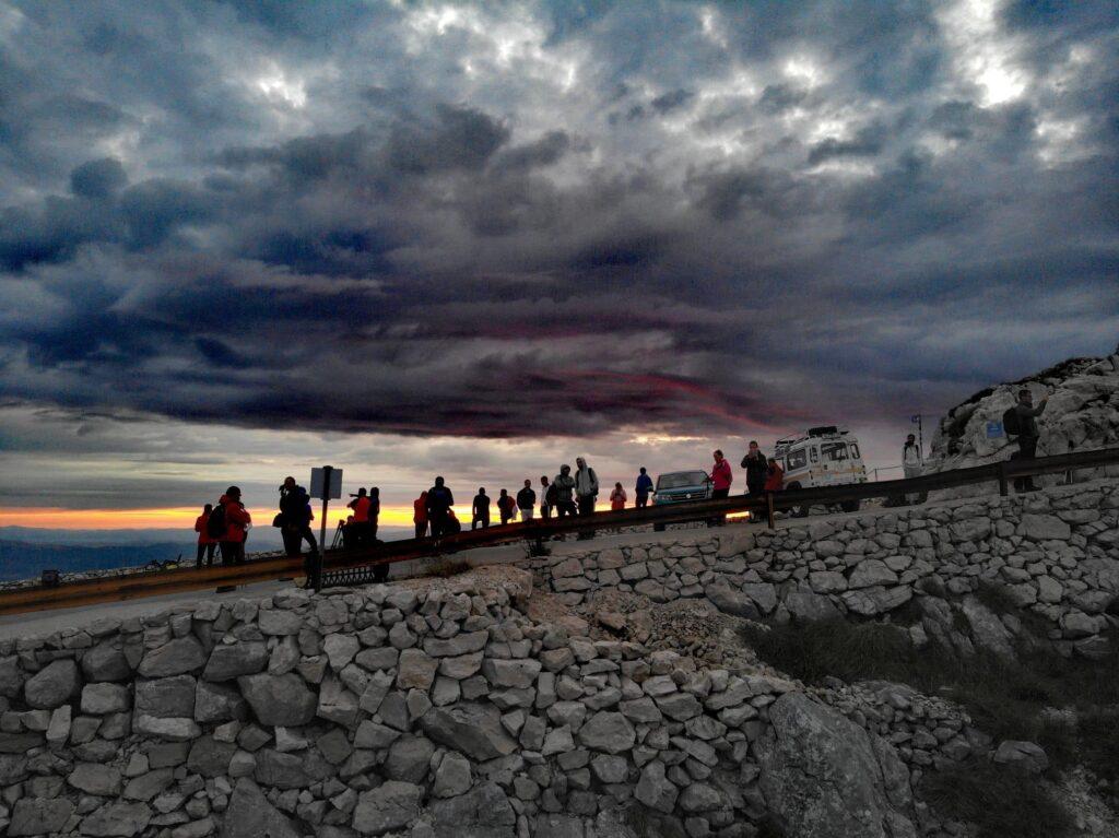 Tradicionalni noćni uspon na vrh Biokova i ove godine prošao uspješno