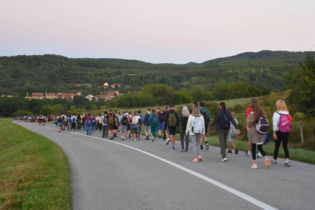 Splitska policija izdala upozorenja vozačima uoči hodočašća mladih Gospi Sinjskoj ovog vikenda, te onog uoči Velike Gospe