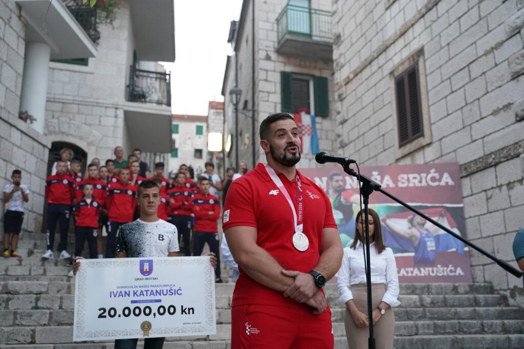 Imoćani dočekali paraolimpijca Ivana Katanušića