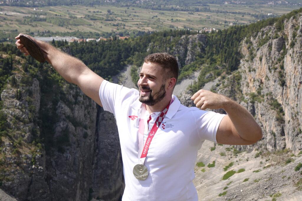Imotski spreman za svečani doček paraolimpijca Ivana Katanušića